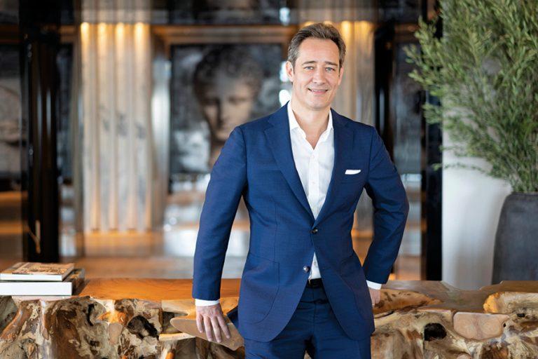 Philippe Roux-Dessarps (Four Seasons): «Aφήνουμε αποτυπώματα στις ζωές των ανθρώπων για πάντα»