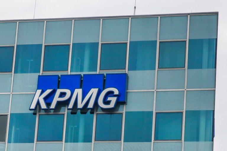 Η KPMG επανεκλέγει τον William B. Thomas ως Global Chairman και CEO