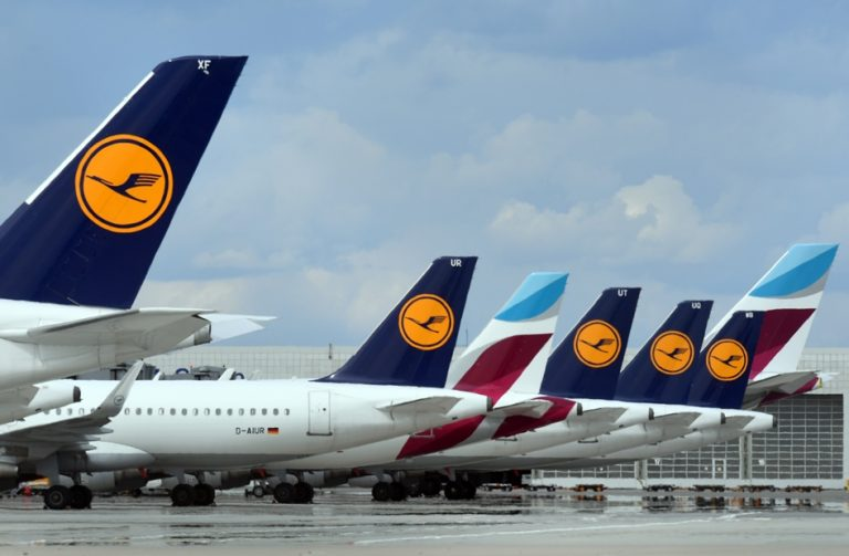 Lufthansa: Με ιατρικό πιστοποιητικό και αρνητικό τεστ η πτήση χωρίς μάσκα