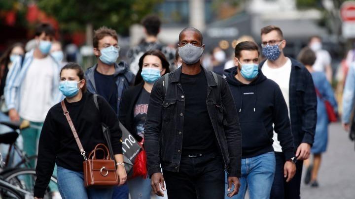 Γαλλία-Covid-19: Κατάσταση έκτακτης υγειονομικής ανάγκης κήρυξε η κυβέρνηση – Απαγόρευση κυκλοφορίας σε Παρίσι και 8 μεγάλες πόλεις