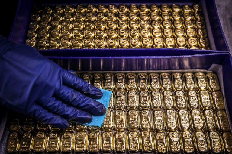 PIMCO: Ο χρυσός εξακολουθεί να λάμπει – Γιατί παραμένει ελκυστικός σαν επένδυση