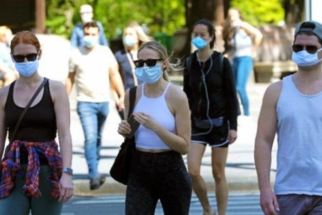 Υποχρεωτική η μάσκα στα σχολεία στις ΗΠΑ, ορίζει νέα σύσταση των CDC