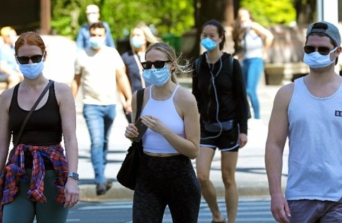 Κάλεσμα ΠΟΥ σε όλο τον κόσμο να μετατρέψει τη μάσκα σε «σύμβολο αλληλεγγύης»