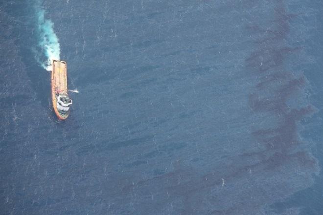 Φωτιά σε πλοίο υπό ελληνική σημαία στην Αραβική Θάλασσα- Νεκρός Έλληνας ναυτικός