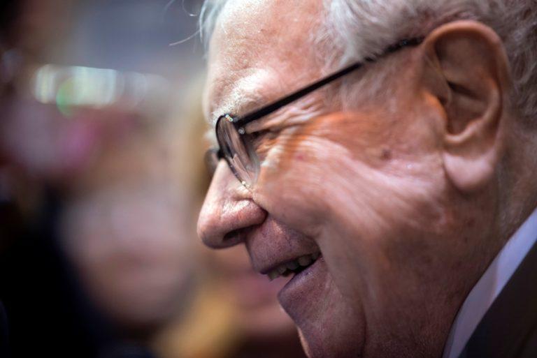 Γιατί ο Warren Buffett τοποθέτησε 6 δισ. δολάρια σε 5 ιαπωνικούς κολοσσούς