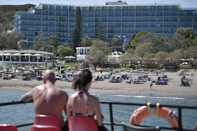 Η τουριστική σεζόν τελειώνει και οι προβλέψεις για το 2021 δεν αφήνουν πολλά περιθώρια αισιοδοξίας