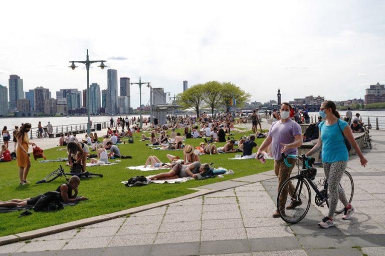 Το εντυπωσιακό project «Προβλήτα 97» στο πάρκο του ποταμού Χάντσον στη Νέα Υόρκη (Φωτογραφίες)