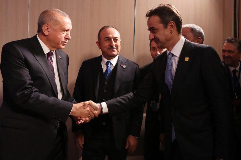 Hurriyet: Στα «σκαριά» τηλεδιάσκεψη Μητσοτάκη- Ερντογάν