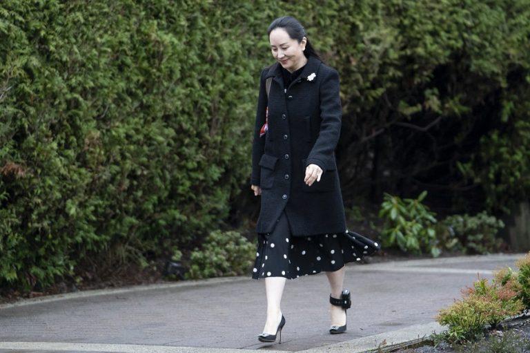 Ξανά στο δικαστήριο η Μενγκ Ουανγκζού για να εμποδίσει την έκδοσή της στις ΗΠΑ