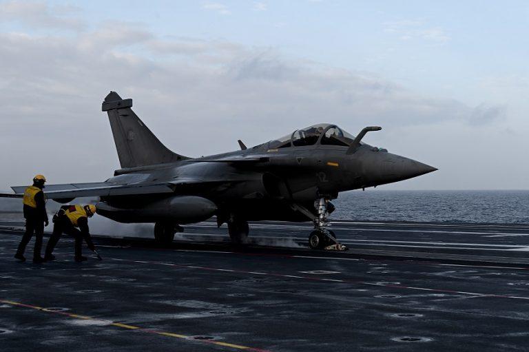 Προς συμφωνία Ελλάδα- Γαλλία για 18 μαχητικά αεροσκάφη τύπου Rafale