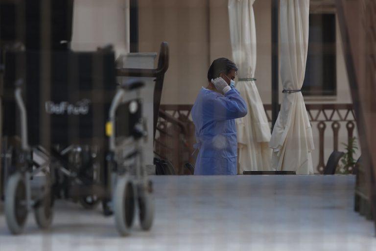Στους 377 οι νεκροί από κορωνοϊό στην Ελλάδα- Κατέληξε 39χρονη