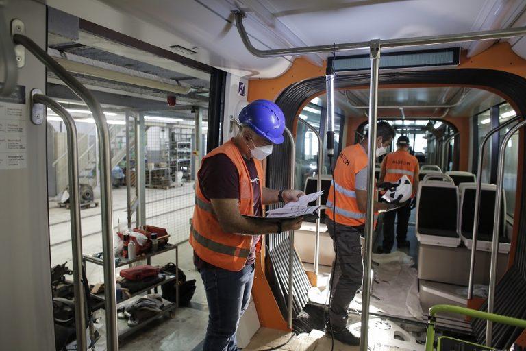 Αυτοί είναι οι νέοι σύγχρονοι συρμοί του τραμ- Τα τεχνολογικά τους πλεονεκτήματα (Φωτογραφίες)