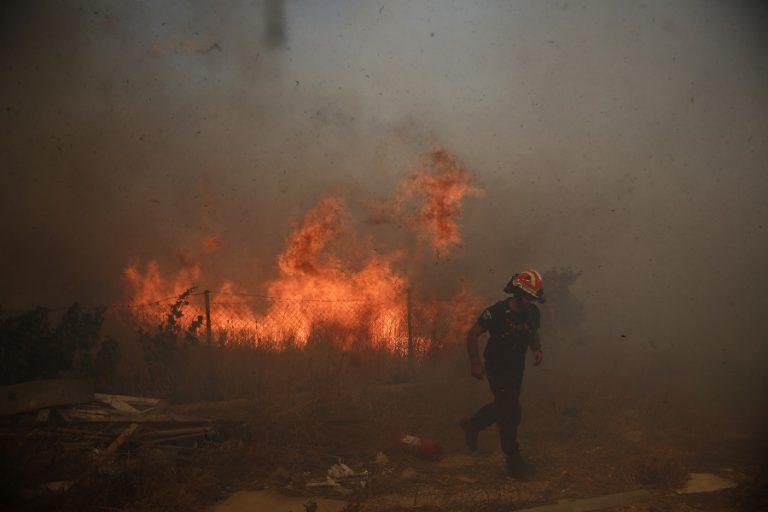 Φωτιά στον Νέο Βουτζά – Άμεση κινητοποίηση της πυροσβεστικής