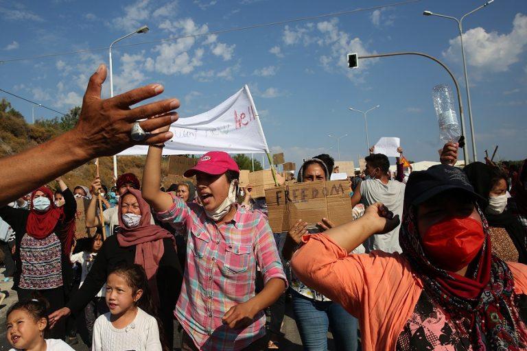 Πρωτόγνωρη κρίση στις σχέσεις Μαρόκου – Ισπανίας, λόγω της απότομης εισροής μεταναστών
