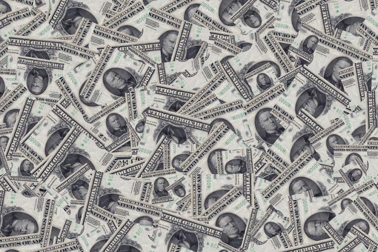 Τι περιλαμβάνει το πακέτο των 900 δισ. δολαρίων για την τόνωση της αμερικανικής οικονομίας