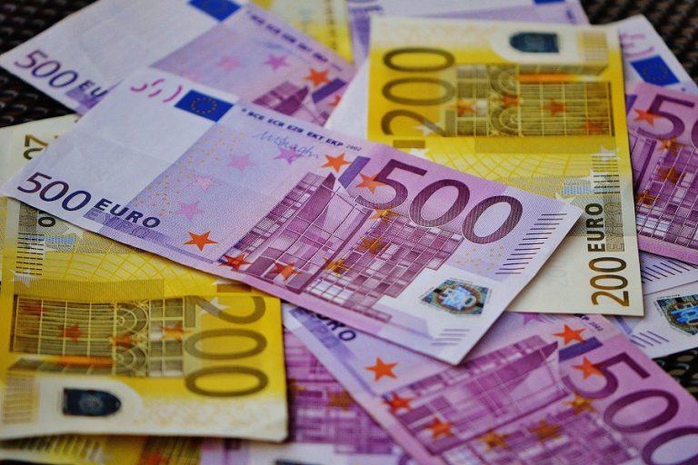 Εισόδημα 3,9 δισ. ευρώ έχασαν τα νοικοκυριά το β' τρίμηνο λόγω κορωνοϊού