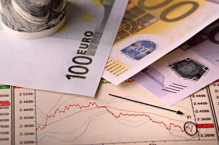 DBRS: Αβεβαιότητα γύρω από τα 18 δισ. δάνεια των ελληνικών τραπεζών που είναι σε αναστολή