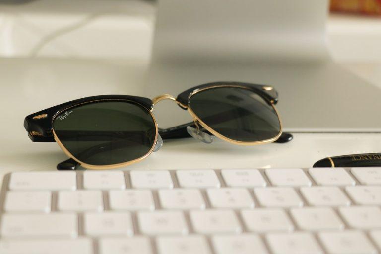 Facebook και Ray-Ban συνεργάζονται για την δημιουργία γυαλιών, που θα έχουν μέχρι και… εφαρμογές