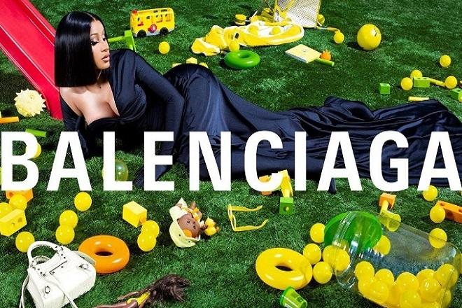 Η Cardi B είναι το νέο πρόσωπο της Balenciaga