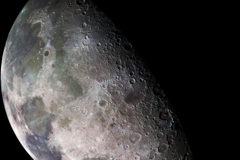 Για πρώτη φορά ιδιωτικές εταιρείες θα φέρουν χώμα από τη Σελήνη μόνο με 1 δολάριο