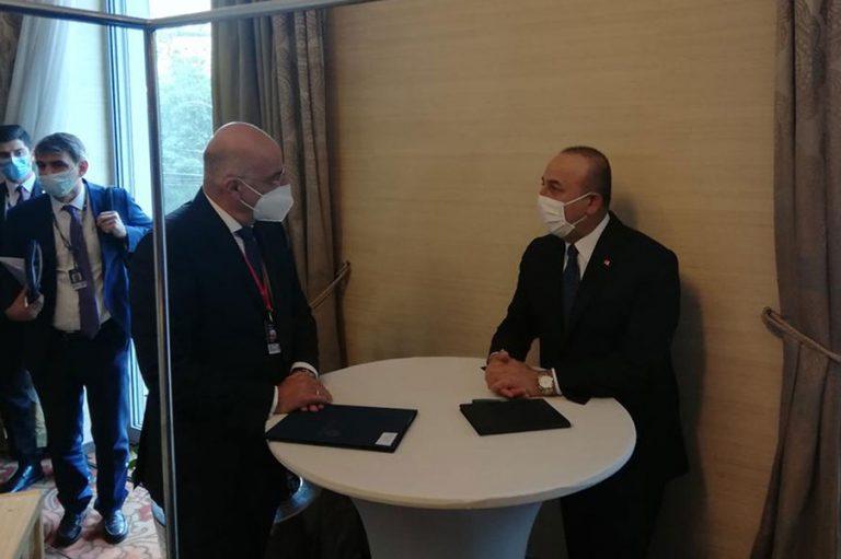 Δένδιας και Τσαβούσογλου συμφώνησαν ημερομηνία για τις διερευνητικές επαφές
