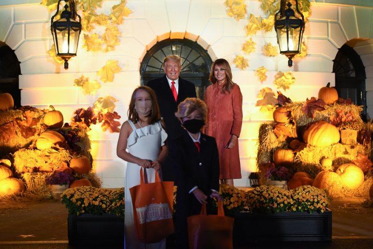 Κάποιος έκλεψε την παράσταση στο Halloween του Λευκού Οίκου και αυτός δεν ήταν ο Τραμπ