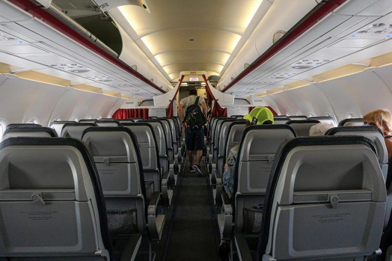 Οι αεροπορικές εταιρείες προσπαθούν να αναπτύξουν μια εναλλακτική στην καραντίνα των 14 ημερών