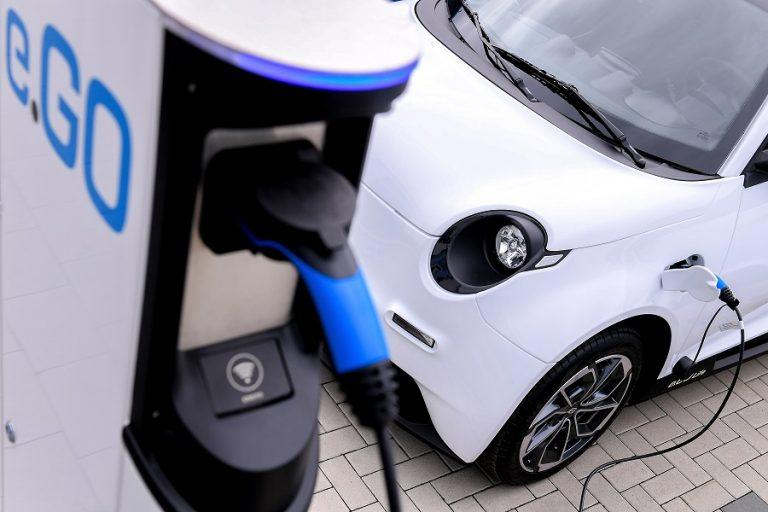 Εύκολα παίρνουν πλέον χρηματοδότηση οι εταιρείες που ασχολούνται με την ηλεκτροκίνηση- Τι σημαίνει αυτό για τον κλάδο