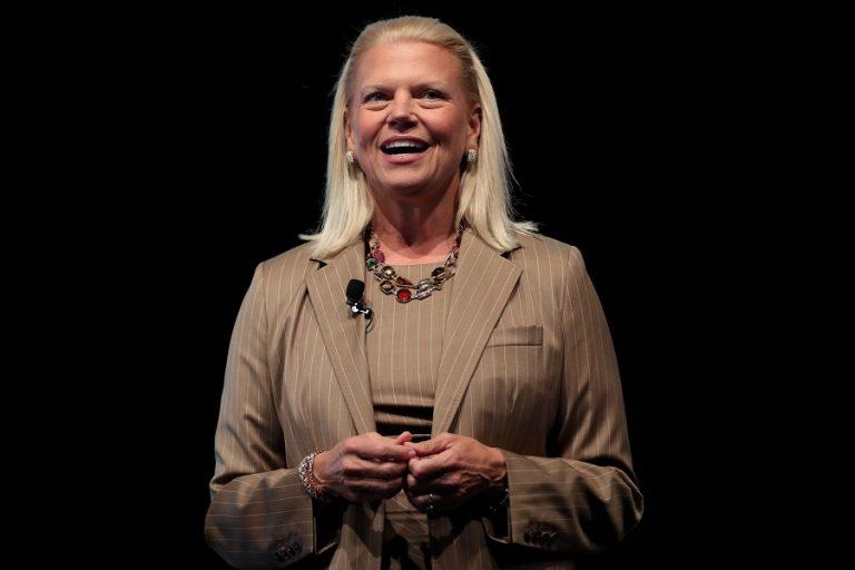 Οι εταιρείες πρέπει να δώσουν έμφαση στις δεξιότητες και όχι στα πτυχία, λέει η πρόεδρος της IBM, Ginni Rometty