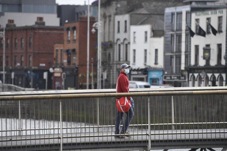 Η Ιρλανδία γίνεται η πρώτη ευρωπαϊκή χώρα που πάει σε δεύτερο lockdown λόγω κορωνοϊού