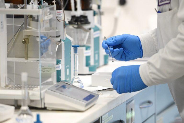 AstraZeneca: «Αναληθή τα δημοσιεύματα για την αποτελεσματικότητα του εμβολίου»