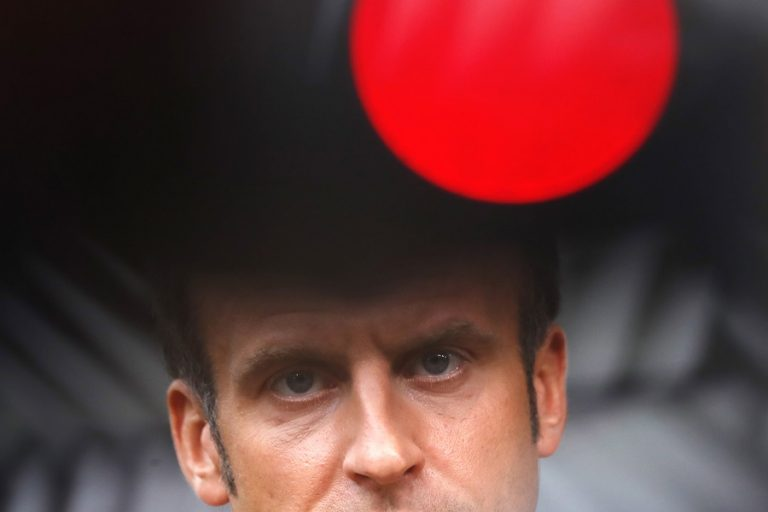 Ανακοινώνει νέα μέτρα κατά του κορωνοϊού ο Μακρόν- Πιο κοντά στο lockdown οι Γάλλοι