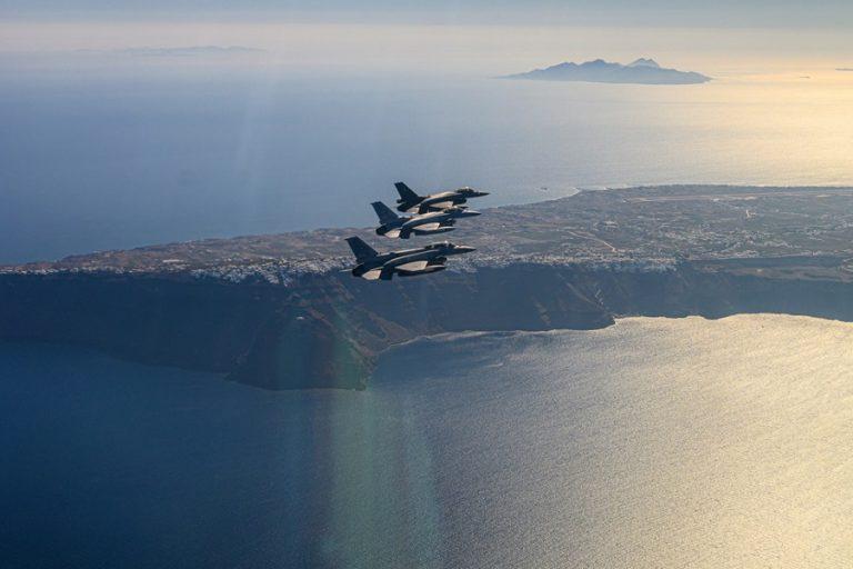 ARD: «Εξοπλισμοί πάση θυσία» στην Ελλάδα- Επιπλέον 10 δισ. ευρώ στις ένοπλες δυνάμεις