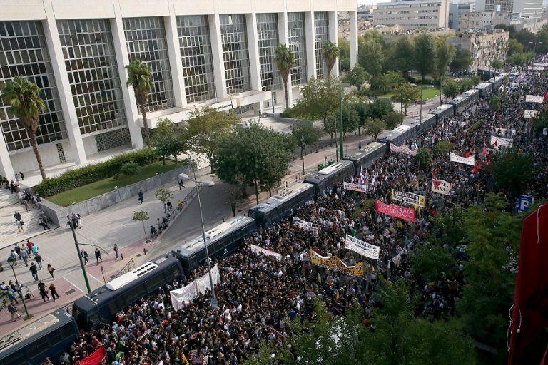 Διεθνή ΜΜΕ: Καταδικάστηκαν οι νεοναζί της Ελλάδας – Είναι εγκληματική οργάνωση
