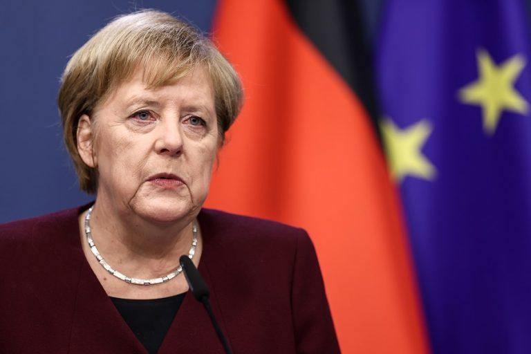 Μέρκελ: Ανησυχητική η δυναμική της αύξησης των κρουσμάτων στη Γερμανία