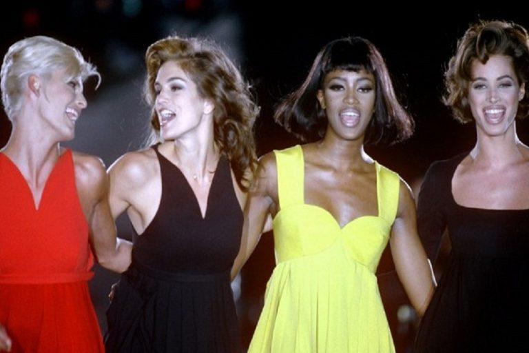 Η Apple TV ετοιμάζει νέα σειρά ντοκιμαντέρ για τα τα supermodels της δεκαετίας του 1990