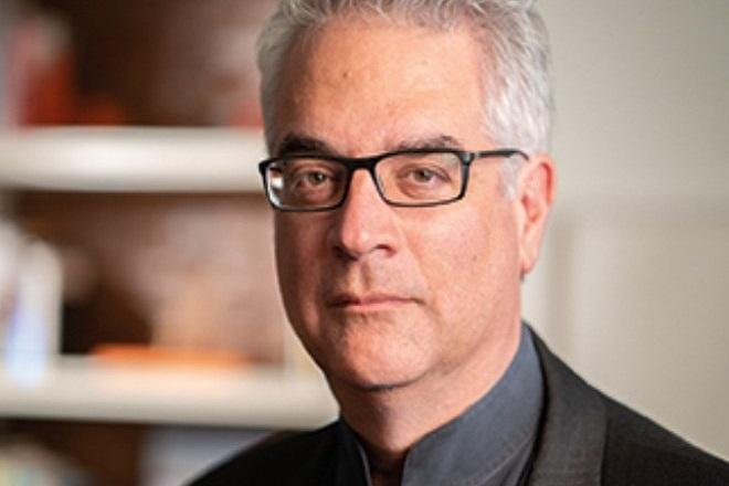 Νίκολας Χρηστάκης (καθηγητής Yale): «Πιστεύω ότι η ζωή θα επιστρέψει εκεί που ήταν το 2024»
