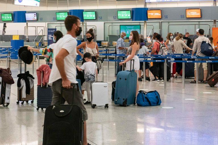 Το Plan B του τουρισμού μετά τη μετάλλαξη του κορωνοϊού στη Βρετανία