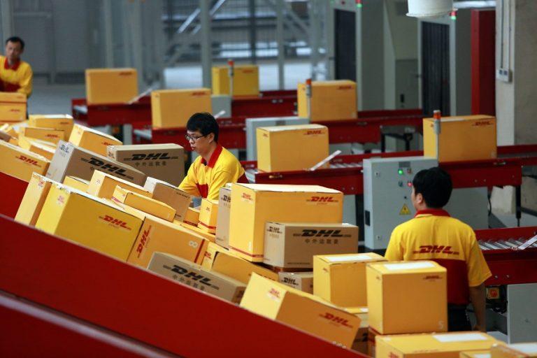 Η DHL περιμένει έως και 50% «εκτόξευση» στο ηλεκτρονικό εμπόριο