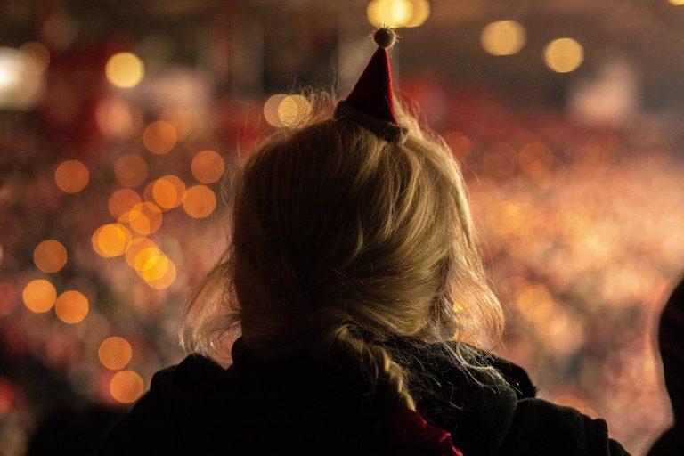 Πώς θα κάνει Χριστούγεννα η Ευρώπη εν μέσω πανδημίας