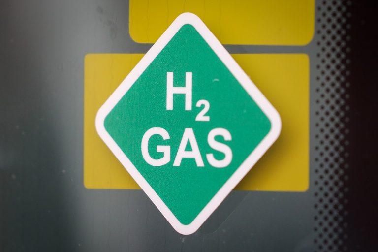 Η οικονομία του υδρογόνου: Το στοιχείο που βρίσκεται σε αφθονία στο σύμπαν είναι και πάλι της μόδας