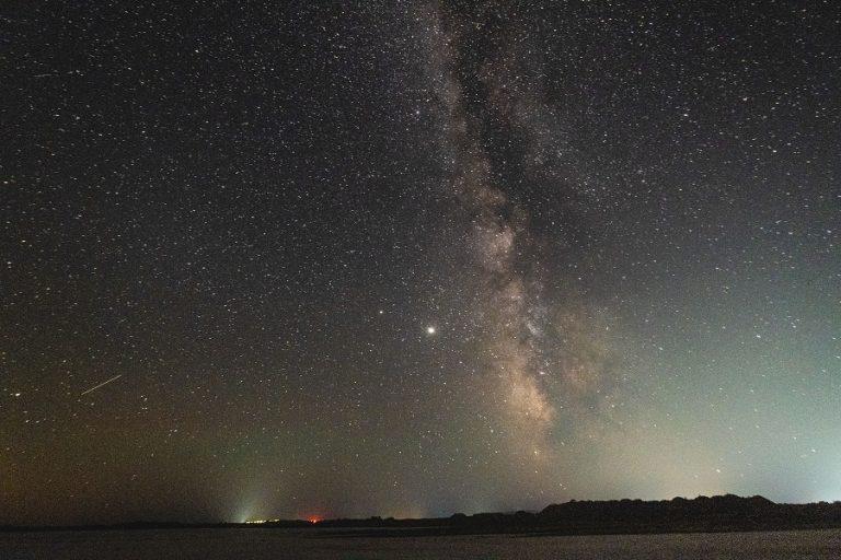 Κορυφώνεται στην Ελλάδα η φετινή φθινοπωρινή «βροχή» των αστέρων Λεοντιδών