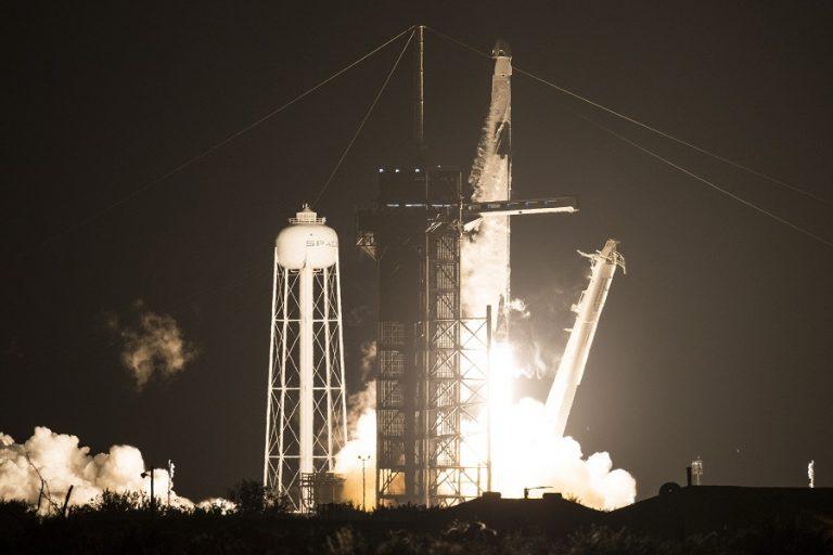 Εντυπωσιακό βίντεο από το ταξίδι του SpaceX με πλήρη ομάδα αστροναυτών