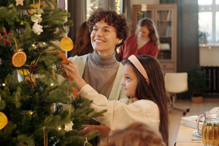 Θα προλάβει τελικά η Ευρώπη να σώσει τα φετινά Χριστούγεννα;