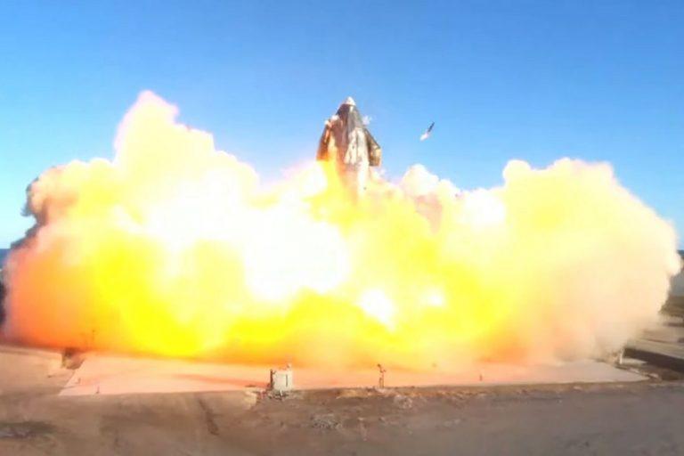 Απίστευτο βίντεο από την έκρηξη πυραύλου της SpaceX