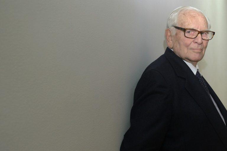 Πέθανε ο σχεδιαστής μόδας, Πιέρ Καρντέν