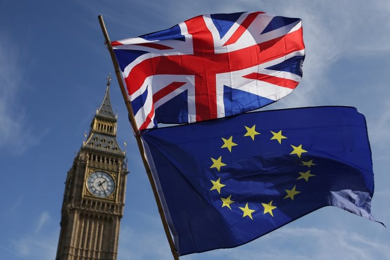 Τι αλλάζει από αύριο στο Ηνωμένο Βασίλειο μετά την εμπορική συμφωνία για το Brexit