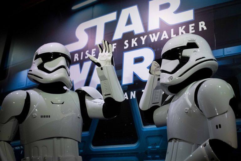 Η Disney σχεδιάζει να προβάλει σε συνεχή ροή πολλά επεισόδια του Star Wars και σειρών της Marvel