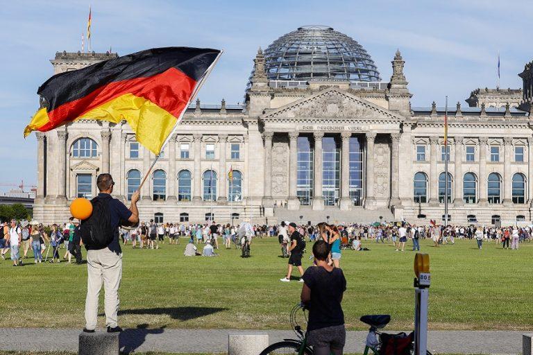Εκλέγει νέο πρόεδρο σήμερα το CDU- Τα στρατόπεδα των υποψηφίων
