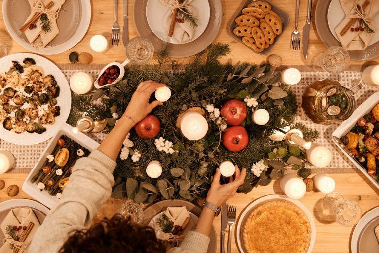 Πόσο θα κοστίσει το χριστουγεννιάτικο τραπέζι- Πού υπάρχουν μειώσεις, πού αυξήσεις